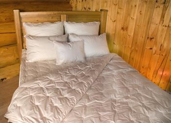 Crescent Moon Duvet & Pillow Co. Inc.